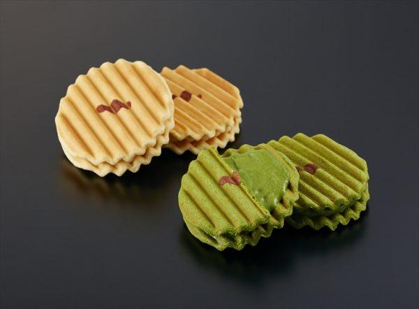 fukuwatashi senbei vanilla cream cookies and matcha senbei green tea cream cookies